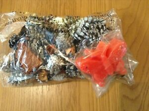 Home Fragrances Pot Pourri pine cone bag and butterfly scented wax melt