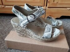 DANIEL WEDGE PLATFORM SNAKE PRINT BEIGE GREEN SANDALS SIZE UK 5