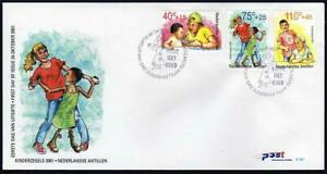 Neth Antilles B350-B352 FDC. Youth Care,2001.