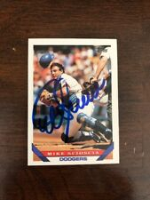 Mike Scioscia 1993 Topps signed baseball card autographed DODGERS