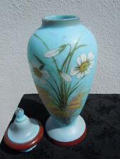 Vase pot couvert opaline décor fleurs des champs d'époque 19ème