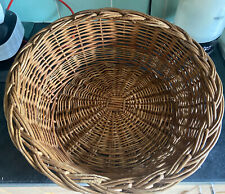 Lovely Wicker cat or small dog basket.