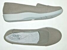 CLARK'S CLOUD STEPPERS Ladies 9.5 W Comfort Flats Shoes Light Taupe Brown NWOB