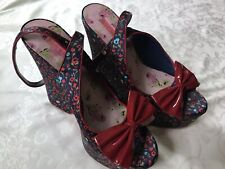 Betsey Johnson Vero Cuoio Plarform Wedge Navy Satin  Floral Red  Bow 9.5