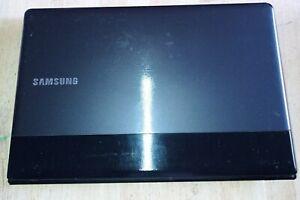SAMSUNG NP300E5C i3 SSD 15.6 HDMI BLUETOOTH WEBCAM LAPTOP