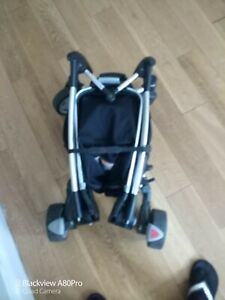 Quinny Zapp (4, wheels) with rain cover ,postage included.