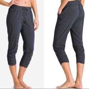 Athleta Womens Sz 12 Gray Prima Ruched Capri Activewear Pants Drawstring