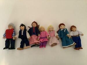 Mixed Lot Dollhouse Wood Family Dolls Toys Melissa and Doug