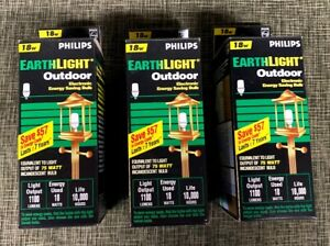 Three (3) NEW Philips Earth Light Outdoor SL/0 18 Watt