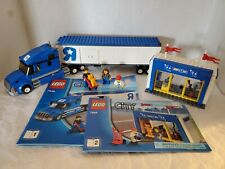 LEGO City Toys R Us Truck (7848) - COMPLETE!!