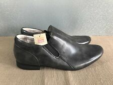 BNWT Mens Teenage Boys Size 8.5 Rivers Dark Grey Slip on Dress or Casual Shoes