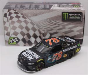 NASCAR 2017 MARTIN TRUEX  #78 KENTUCKY RACE WIN FURNITURE ROW 1/24 CAR