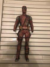 1/6 Scale CUSTOM PAINTED Deadpool 2 HOTTOYS la tête et le corps Marvel