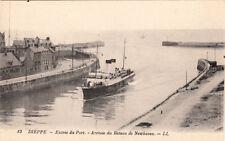 DIEPPE 13 LL entrée du port arrivée du bateau vapeur de newhaven