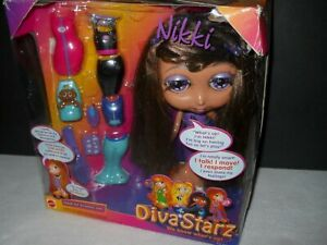 "Doll Diva Starz NIKKI Talking Interactive Fashions #27493 Mattel 9"" Clothing"