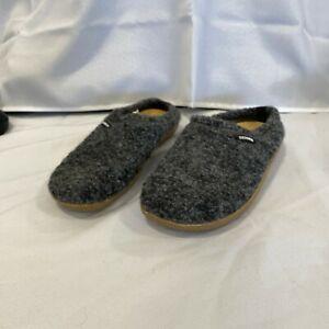 Giesswein Womens Veitsch Virgin Wool Heather Gray Slip On Slippers Sandals Sz 9