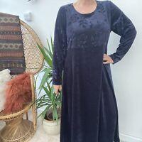 Vintage 90's Essence Navy Blue Velvet Dress w/ Embossed Roses Sz 14 16