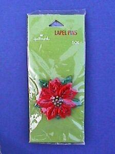 Hallmark PIN Christmas Vintage POINSETTIA FLOWER Wood Look Holiday 70s RARE NEW