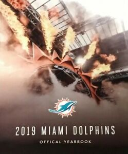 2019 MIAMI DOLPHINS OFFICIAL YEARBOOK JOSH ROSEN IN STOCK