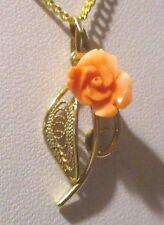 Bijou vintage pendentif collier plaqué or ajouré rose corail véritable 3250
