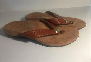 Bionic Women's Hilda Thong Sandals 10W Brown Woven Gold Detail New