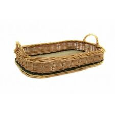 Wicker basket with handlers and solid base