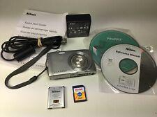 Nikon Coolpix S3300 16mp 6X Zoom Digital Camera. Charger,Battery,Software,Manual