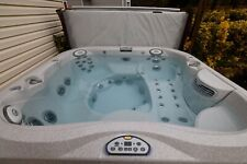 Jacuzzi J-355 in very good condition
