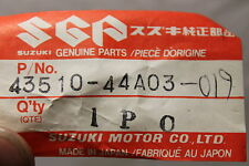 1986-2013 DR125 200 SP125 200 SUZUKI (SB49) NOS OEM 43510-44A03-019 BAR FOOTREST