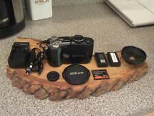 Nikon COOLPIX 4500 4.0MP Digital Camera Black w 2 Batteries Wide Angle Lens 2GB