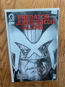 Predator vs Judge Dredd vs Aliens #1 2016 Variant High Grade 9.6 Comic B89-88