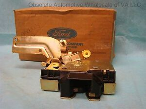 1993 94 95 Ford Taurus Mercury Sable tailgate latch assembly w/o remote release