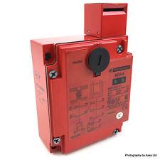 Interruttore Di Interblocco Solenoide XCS-E7511 Telemecanique 24VAC/DC 071992 XCSE 7511