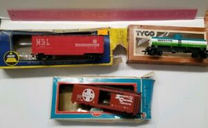 Vintage Train Railroad Toy Lot Tyco AHM Model Power Santa ATSF Wesson St. Louis