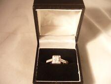 Nice diamond ring with diamond set shoulders