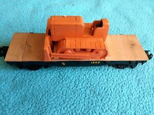 Walthers Wood Deck Flatcar Freight Car 1245 PROGRESS Logo with Tractor