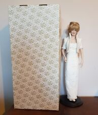 Franklin Heirloom Dolls DIANA Princess of Wales 17in Porcelain Doll w/stand