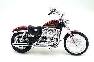 MOTO HARLEY DAVIDSON XL1200V SEVENTY Two rouge 1/12 MAISTO