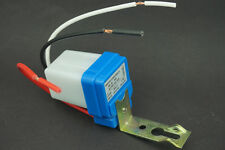 Auto On Off Switch Photo-electric Street Lighting Controller DC/AC 12V 10A New