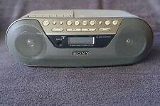 Sony CFD-S05 Radio/CD/Kassenrecorder in Top-Zustand