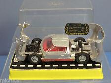 Dinky toys modèle No.132 ford 40 rv vn mib