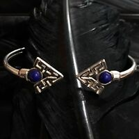 WHIMSICAL ESTATE STERLING SILVER LAPIS LAZULI ARROW HEAD FLEXIBLE CUFF BRACELET
