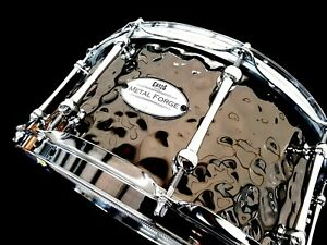 CHAOS METAL FORGE 13'' x 6.5'' HAMMERED STEEL SNARE DRUM - AUSTRALIAN COMPANY