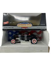 1:18 ERTL American Muscle '32 Fod Street Rod Black 7239