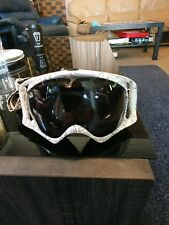 High quality Oakley snow goggles. Great condition.  free pair