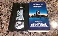 THE ADVENTURES OF HUCK FINN RARE VHS TAPE! GOOD TIME ACTION-ADVENTURE!