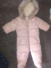 Bebé Niñas precioso traje para nieve 6-9 meses siguientes Excelente Estado