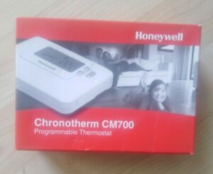 Honeywell CM707 7 Day Programmable Room Thermostat White CMT707A1029.