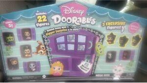 Disney doorables series 5 mega peek, 22 figures.  3 exclusives, 12 mystery
