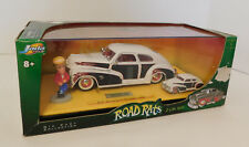 Jada Toys ROAD RATS 1:24 & 1:64 Scale '47 CHEVY FLEETLINE 2 Car Set with FIGURE